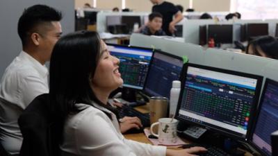 Cổ phiếu bất động sản phân hóa mạnh trong phiên 12/3