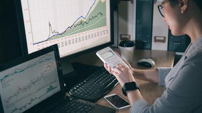 Một số cổ phiếu bất động sản có yếu tố đầu cơ giảm mạnh trong phiên 17/3
