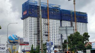"""""""Lùm xùm"""" quanh dự án Roxana Plaza: khách hàng thanh toán 70% tiền mua nhà xong vẫn không biết chủ đầu tư là ai?"""