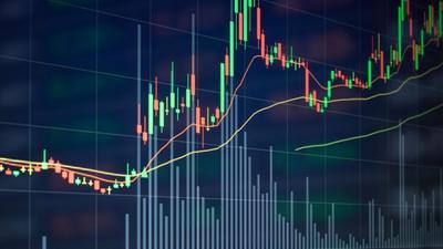 Nhóm cổ phiếu vừa và nhỏ đua nhau tăng trần