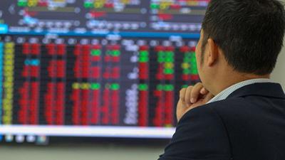 VN-Index quay đầu giảm điểm trước áp lực bán từ nhóm vốn hóa lớn