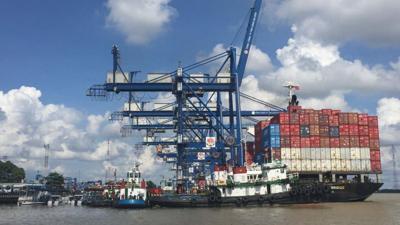 """Rào cản của doanh nghiệp logistics trong """"bão"""" Covid"""