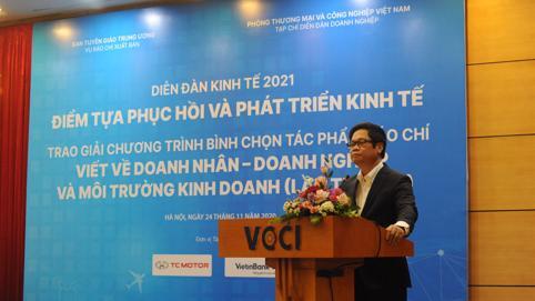 """Chủ tịch VCCI: """"Doanh nghiệp không cần tiền, chỉ cần thể chế, cơ chế"""""""