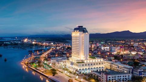 """Hàng loạt """"đại gia"""" bất động sản đầu tư vào tỉnh Quảng Bình"""