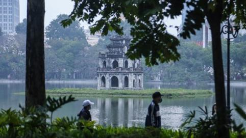 Thủ đô Hà Nội bình yên ngày mùng 1 Tết