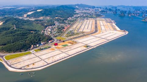 'Số phận' thăng trầm của Dự án Phương Đông Vân Đồn vừa bị xử phạt vì lấp vịnh Bái Tử Long