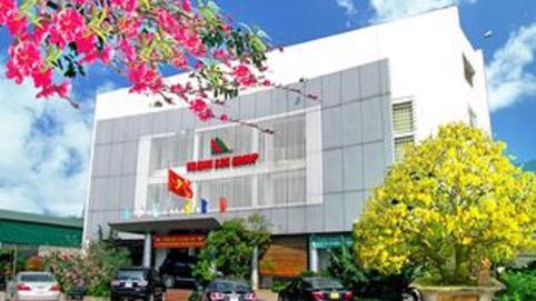 Tập đoàn Hoành Sơn hỗ trợ tỉnh Hà Tĩnh 3 tỷ đồng phòng dịch Covid-19