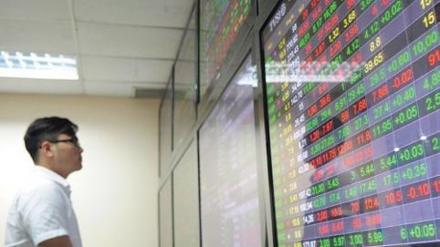 HoSE liên tục lỗi lệnh, nhiều cổ phiếu BĐS vẫn bứt phá trong phiên 5/3