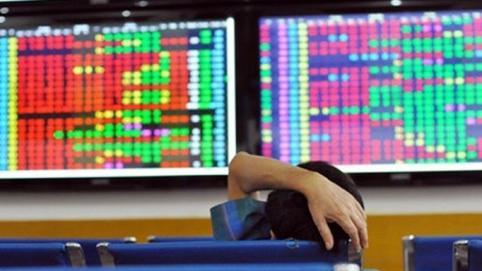Cổ phiếu BĐS lớn bị bán mạnh, nhiều mã vừa và nhỏ tiếp tục hút dòng tiền trong phiên 19/3