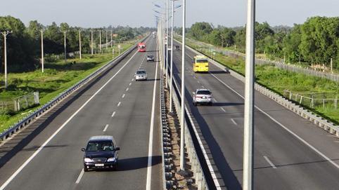 Bình Dương: Sớm hoàn thành các dự án giao thông kết nối Vùng kinh tế trọng điểm phía Nam