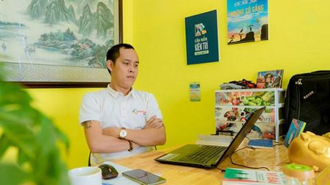 """CEO Hoàng Quốc Phong: """"Tôi cầm cố hai cuốn sổ đỏ của gia đình để lấy tiền duy trì công ty"""""""