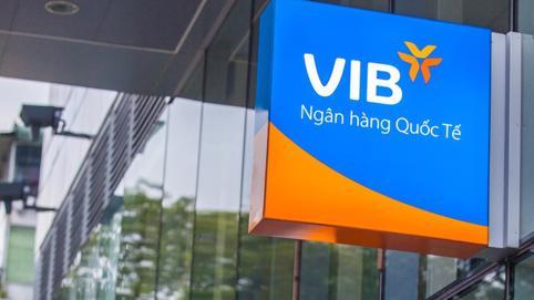 Người nội bộ VIB nhộn nhịp mua bán cổ phiếu sau khi Ngân hàng lên HOSE