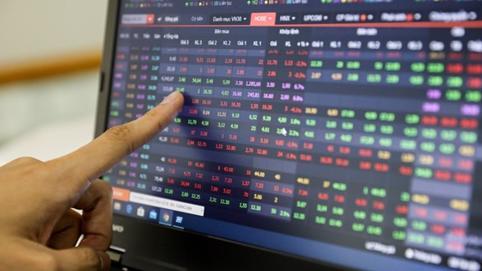 Nhìn lại cổ phiếu BĐS tuần 26 - 30/10: Sắc đỏ áp đảo, VIC và PDR đi ngược