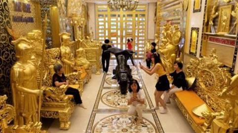 Phong trào dát vàng khoe cá tính: Thiếu thẩm mỹ!