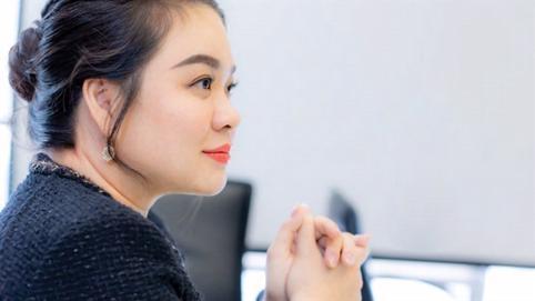 """Bà Nguyễn Thanh Phượng thắng lớn, bầu Đức lại bán """"con"""""""