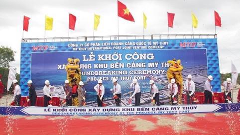 Khởi công dự án khu bến cảng trên 14 nghìn tỷ đồng tại Quảng Trị