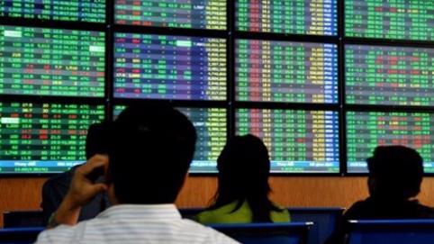 Cổ phiếu BĐS giao dịch sôi động trong phiên 7/1, NVL tăng trần