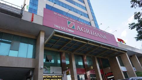 Agribank: Lợi nhuận năm 2020 vượt kế hoạch nhưng câu chuyện cổ phần hóa, tăng vốn vẫn ngổn ngang