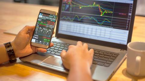 VIC thay VHM đỡ thị trường, VN-Index công phá mốc 1.000 điểm bất thành