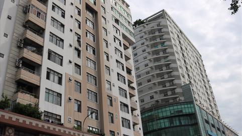 """TP.HCM gỡ vướng vụ hàng chục ngàn căn hộ bị """"treo"""" sổ hồng"""