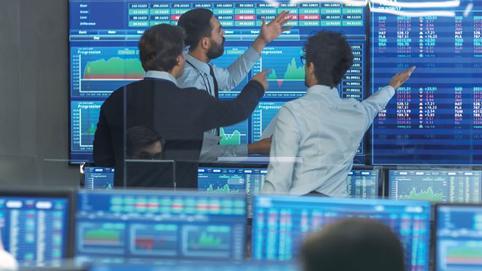 """Hàng loạt cổ phiếu BĐS vẫn tăng mạnh trong phiên 2/12, DIG thỏa thuận """"khủng"""""""