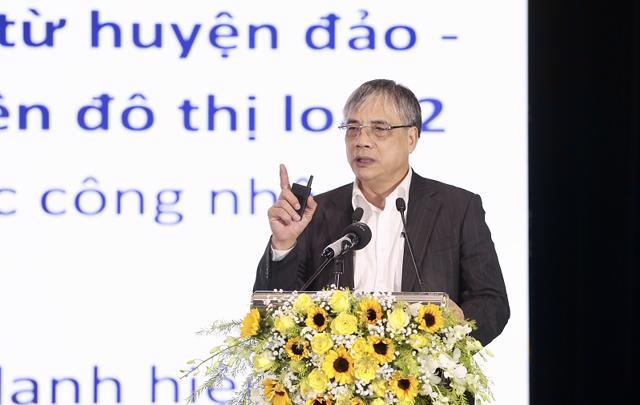 PGS.TS Trần Đình Thiên phát biểu tại Hội thảo.