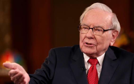 Warren Buffett liên tiếp bị S&P 500 đánh bại, tín hiệu gì cho thị trường chứng khoán?  - Ảnh 1