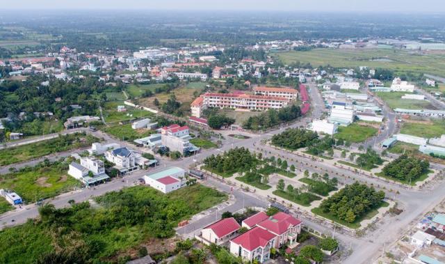 Bất động sản 24h: Náo loạn nhà đất Hà Nội, dự án xanh cỏ cả thập kỷ hét giá 100 triệu/m2 - Ảnh 2