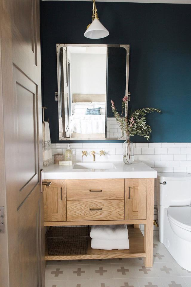 Tạo nguồn cảm hứng mới cho phòng tắm với thiết kế màu xanh - Ảnh 3