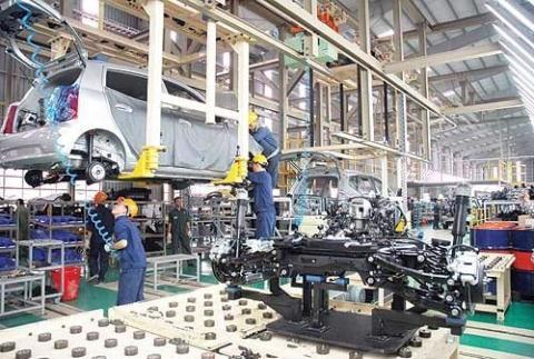 Sẽ giảm thuế TTĐB, lập gói tín dụng ưu đãi cho ô tô - Ảnh 1