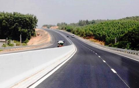 Không chọn được nhà đầu tư, đề xuất chuyển 2 cao tốc Bắc - Nam sang đầu tư công. Ảnh: Kinh tế đô thị