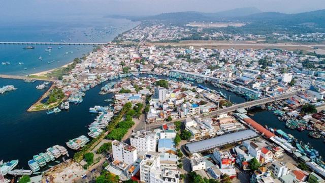 Phú Quốc trở thành thành phố đảo đầu tiên tại Việt Nam.