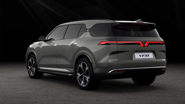VinFast ra mắt 3 dòng ô tô điện - Khẳng định tầm nhìn trở thành hãng xe điện thông minh toàn cầu - Ảnh 2