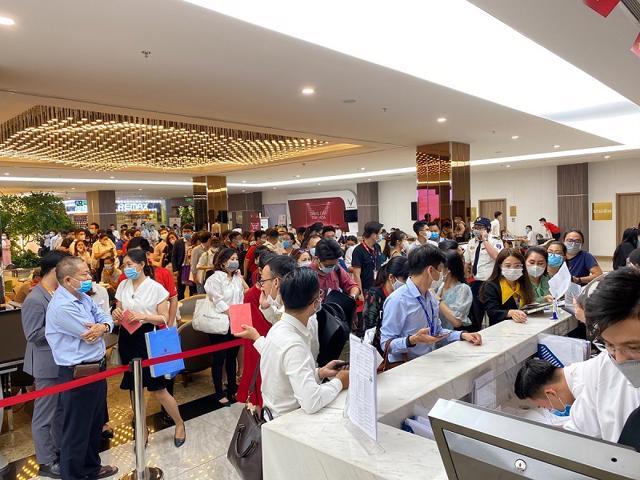 Thị trường BĐS TP.Hồ Chí Minh: Dự án nào luôn gây sốt?  - Ảnh 1
