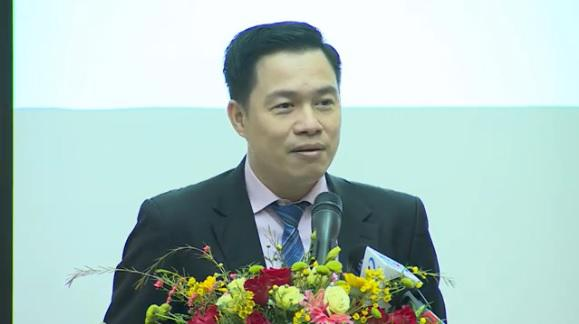 Ông Lê Đức Khánh, Giám đốc Phát triển năng lực đầu tư, CTCP Chứng khoán VPS, phát biểu tại tọa đàm.