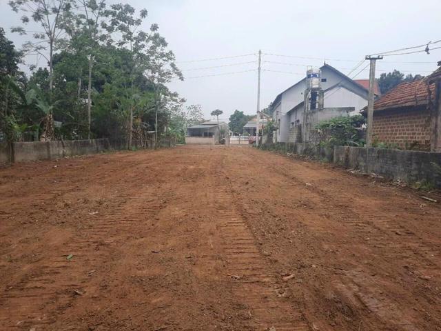 Giá đất tại nhiều nơi được cho là nằm trong quy hoạch đã tăng chóng mặt. (Ảnh: Trịnh Tây)