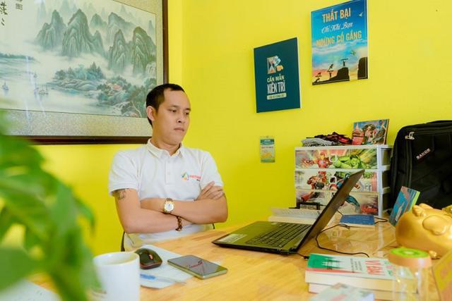 """CEO Hoàng Quốc Phong: """"Tôi cầm cố hai cuốn sổ đỏ của gia đình để lấy tiền duy trì công ty"""" - Ảnh 2"""