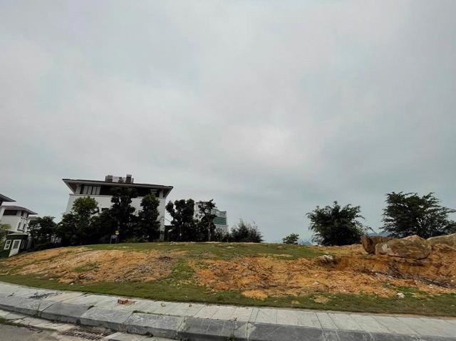 """Dự án FLC Hạ Long Bay Golf Club & Luxury Resort: Khách hàng tố chủ đầu tư """"treo đầu dê bán thịt chó""""? - Ảnh 1"""