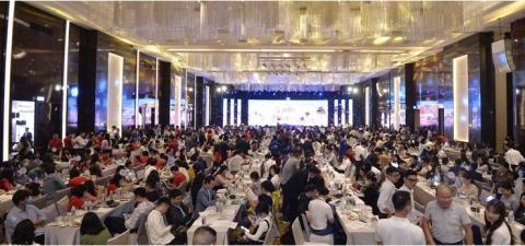 Hàng trăm khách hàng mua sản phẩm NovaWorld Phan Thiet trong lễ mở bán đầu tiên tại miền Bắc - Ảnh 1