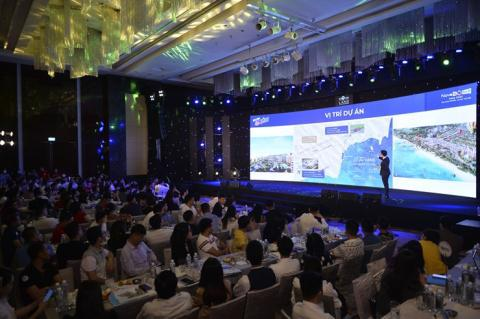 Hàng trăm khách hàng mua sản phẩm NovaWorld Phan Thiet trong lễ mở bán đầu tiên tại miền Bắc - Ảnh 2