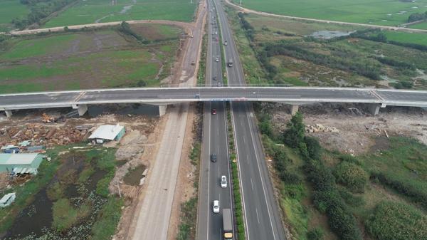 Tuyến đường 319 sắp được thông xe sẽ rút ngắn thời gian di chuyển từ TP.HCM đi Nhơn Trạch trong vòng 30 phút lái xe