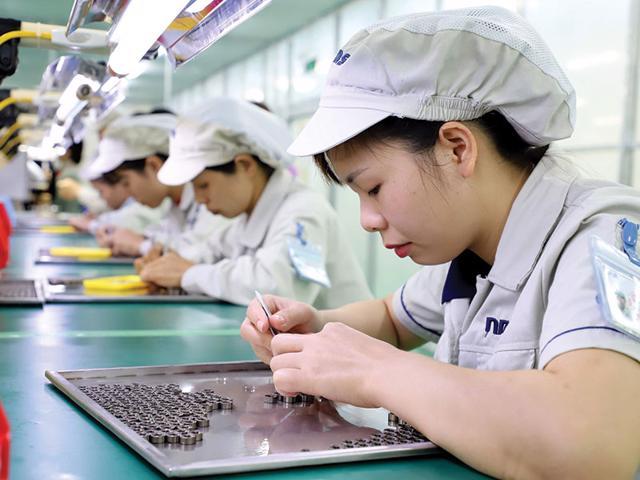Hơn 12 tỷ USD vốn FDI vào Việt Nam - Ảnh 1