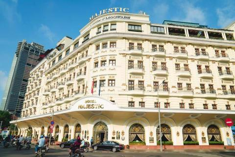 TP.HCM kiến nghị không cổ phần hóa Saigontourist vì đất vàng? - Ảnh 1