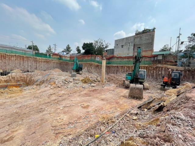 Chủ đầu tư dự án C-River View đã tổ chức thi công xây dựng công trình không có giấy phép xây dựng