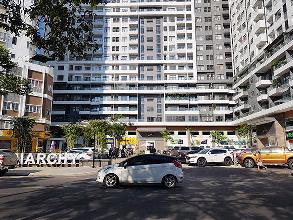 ... Mặc dù chưa đủ điều kiện theo quy định của pháp luật nhưng chủ đầu tư vẫn thực hiện việc bán và bàn giao căn hộ cho khách hàng vào ở.