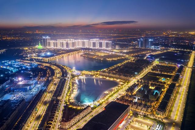 Vinhomes Ocean Park là Đại đô thị lớn nhất của Vinhomes trên toàn quốc, được xây dựng theo mô hình thành phố biển, sôi động sầm uất về đêm.