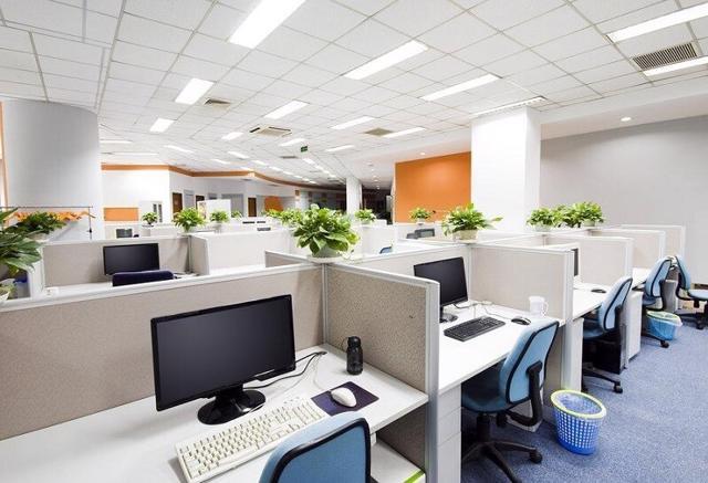 Đại dịch Covid-19 cũng làm rõ hơn sự xuất hiện của một phân khúc ngách của thị trường văn phòng là văn phòng ảo.