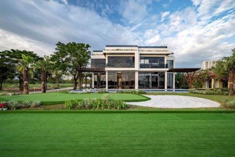 Biệt thự triệu đô giữa lòng sân Golf chuẩn PGA đầu tiên tại Việt Nam - Ảnh 1