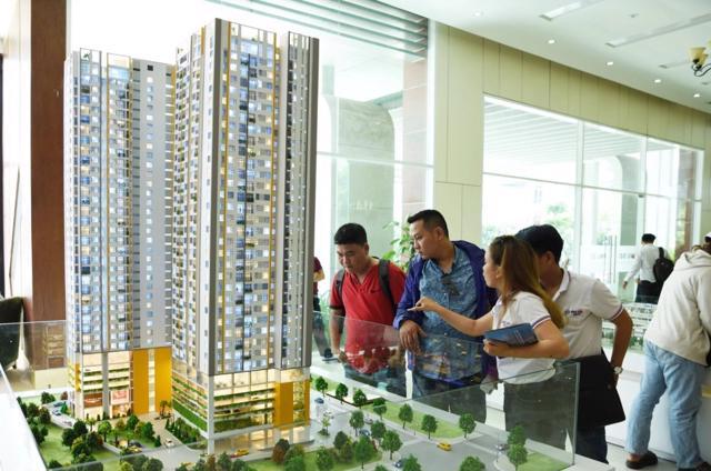 Bình Dương: Yêu cầu chủ đầu tư thực hiện nghiêm các quy định về kinh doanh bất động sản - Ảnh 1