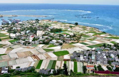 Lý Sơn đề xuất lấn biển tạo quỹ đất ở cho dân - Ảnh 1